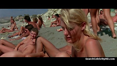Daryl Hannah, Val\'e9rie Quennessen in..