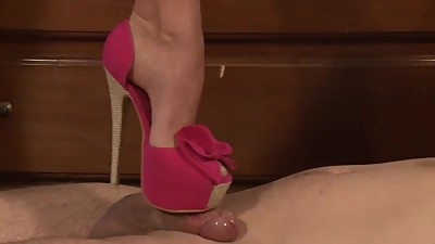 Leggy Lady Lovely High Heels Shoejob -..