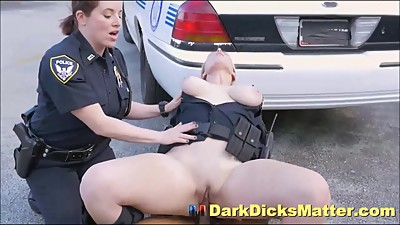 Big Tits Female Cops Sucking Criminal..