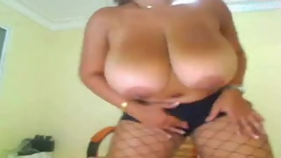 Giant Boobs On Webcam Milf