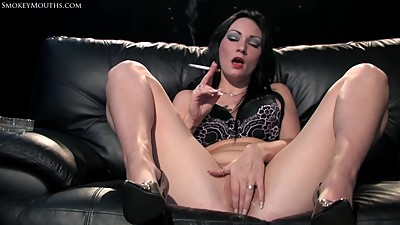 Brittania - Smoking Fetish Masturbation