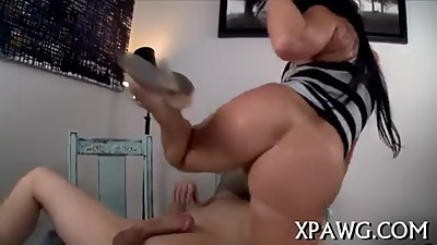 Big Round Juicy Fat Ass Gets Fucked..