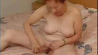 Super ! Great masturbation of my old..
