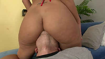 Slut's hot tight ass gets..