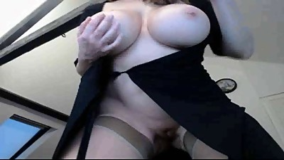 brunette webcam big tit teaser