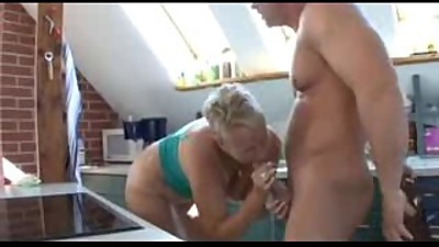 Chubby german housewife nailed in the..