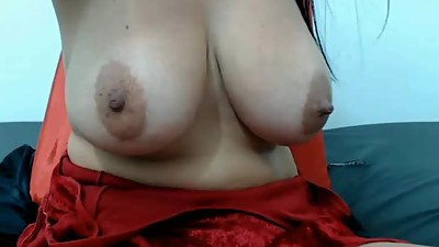 wife showing her tits on skype to..