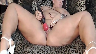 My BBW MILF exposed Sexy tattooed MILF..