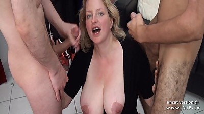 Amateur BBW squirt french mom hard DP..