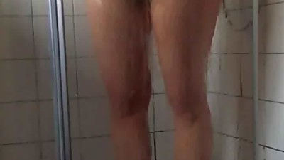 curvy unshaven wife in real shower spy..