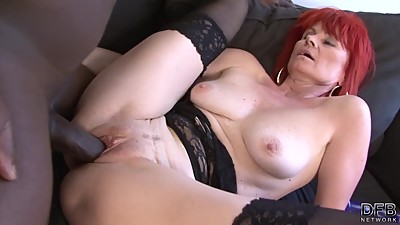Mature Lady Interracial Hardcore Pussy..