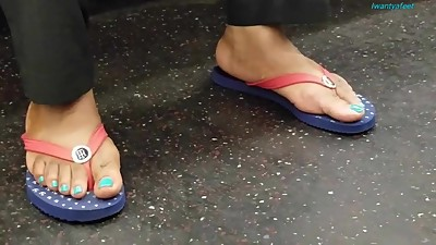 Candid mature ebony feet blue toes