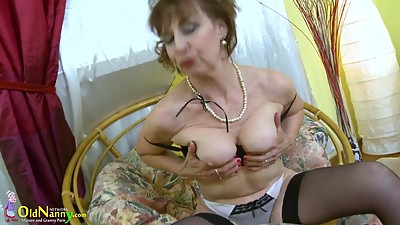 OldNannY Hot Mature Lady Solo..